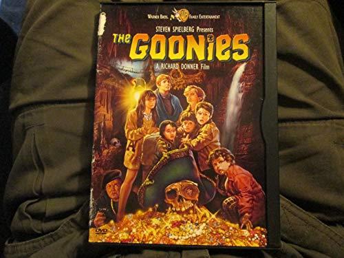 9780790749808: The Goonies