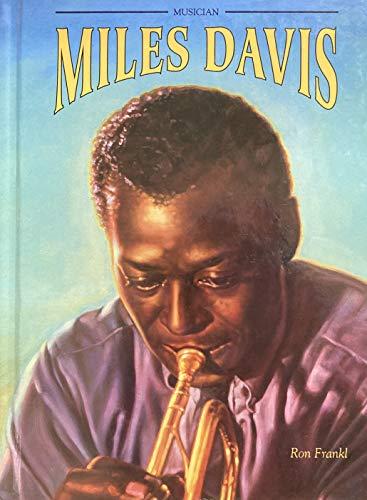 9780791021569: Miles Davis (Black Americans of Achievement)