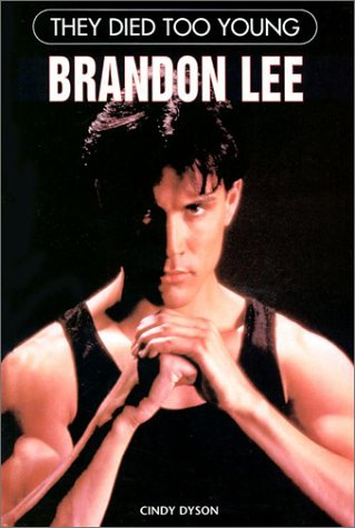 9780791058589: Brandon Lee (They Died Too Young)