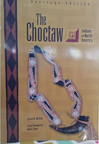 9780791083482: The Choctaw (Indians of North America)