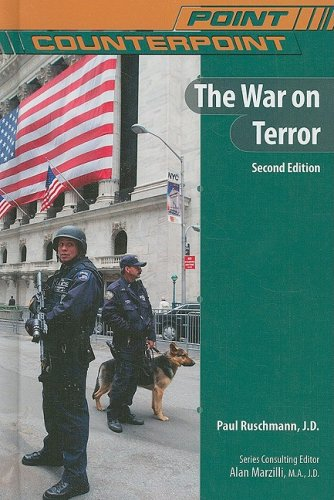 9780791098349: The War on Terror (Point/Counterpoint)
