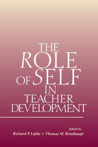 The Role of Self in Teacher Development (Suny Series, Studying the Self)
