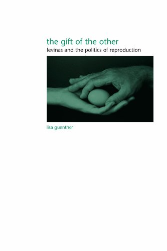 9780791468487: The Gift of the Other: Levinas And the Politics of Reproduction (Suny Series in Gender Theory)