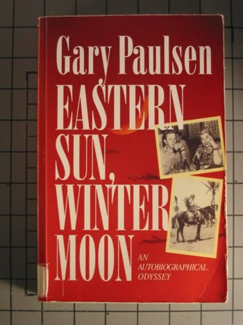 9780792716976: Eastern Sun, Winter Moon: An Autobiographical Odyssey (Curley Large Print Books)