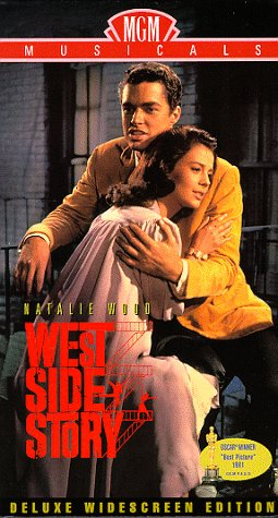 9780792837626: West Side Story (Widescreen Edition) [VHS]