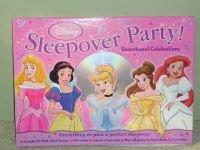 9780794413125: Disney Princess Sleepover Party Kit