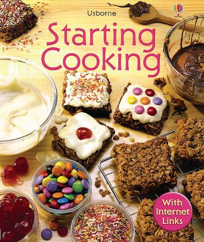 9780794506667: Starting Cooking - Internet Linked (First Skills)