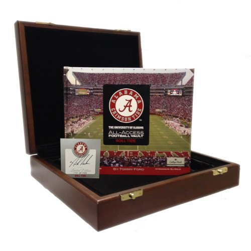 9780794828653: Alabama Football Vault - Autographed Edition
