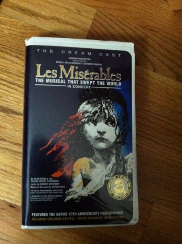 9780800194321: Les Miserables: In Concert - The Dream Cast VHS