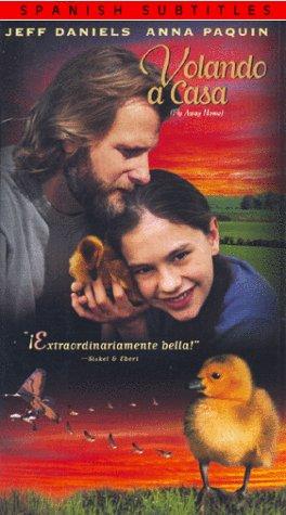 9780800196158: Volando a Casa (Fly Away Home) [VHS]