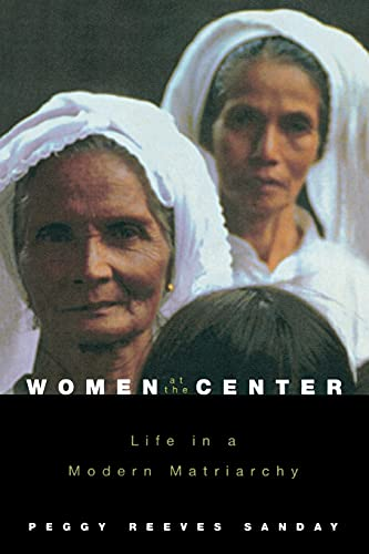9780801489068: Women at the Center: Life in a Modern Matriarchy