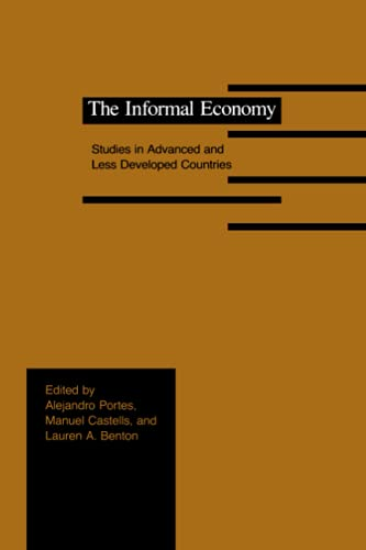 9780801837364: The Informal Economy: Studies in Advanced and Less Developed Countries