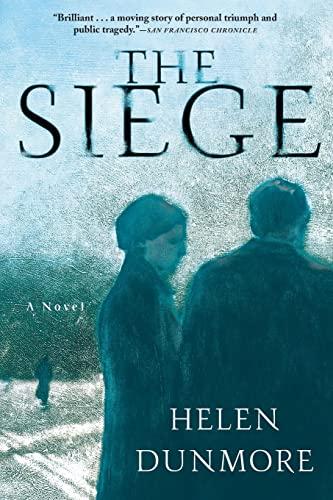 9780802139580: The Siege: A Novel