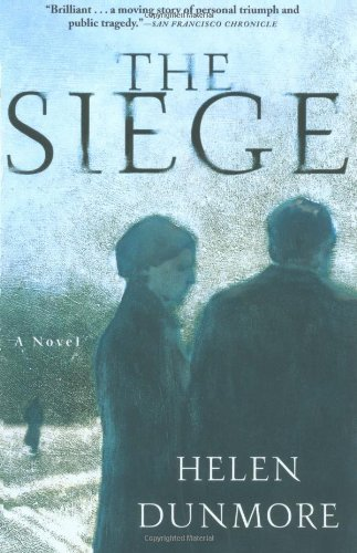 9780802139580: The Siege: A Novel
