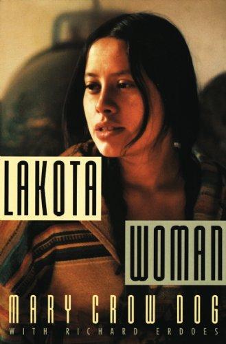 9780802145420: Lakota Woman