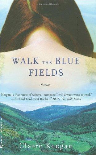 9780802170491: Walk the Blue Fields: Stories
