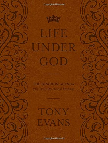 9780802411228: The Life Under God: The Kingdom Agenda 365 Daily Devotional Readings