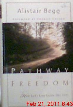 9780802417169: Pathway to Freedom: How God's Laws Guide Our Lives