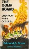 9780802461858: Ouija Board Doorway to the Occult