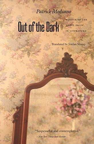 9780803282292: Out of the Dark (European Women Writers Series)