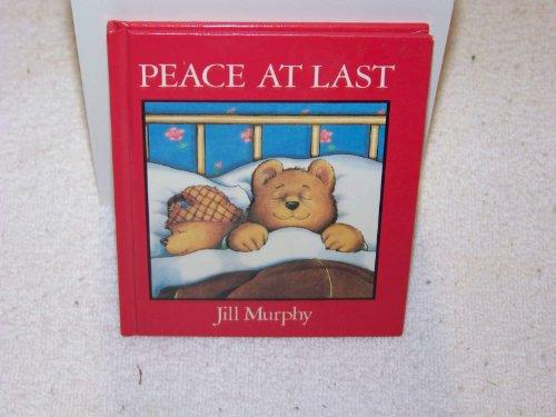 9780803704701: Murphy Jill : Peace at Last (Mini Edition)