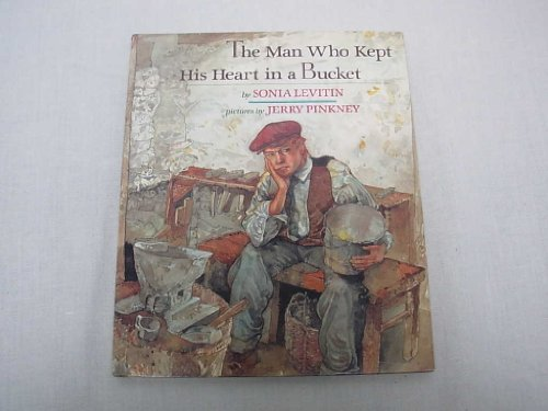 9780803710290: The Man Who Kept His Heart in a Bucket