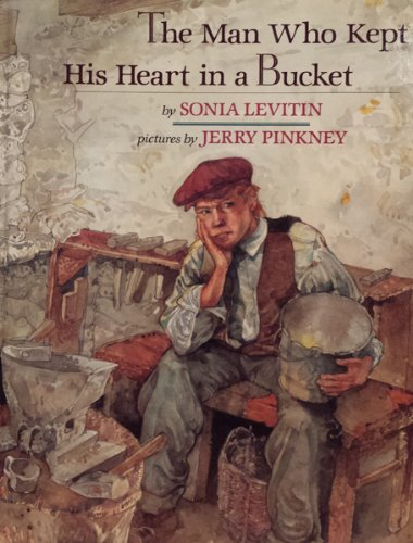 9780803710306: The Man Who Kept His Heart in a Bucket