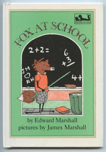 9780803726758: Marshall : Fox at School (Library Edn)