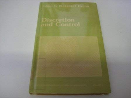 9780803911284: Discretion and Control (SAGE Research Progress Series in Criminology)