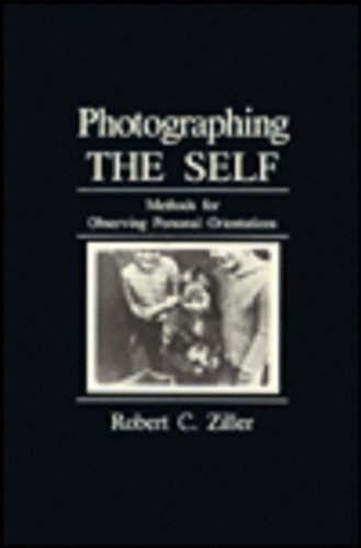 9780803934979: Photographing the Self: Methods for Observing Personal Orientations