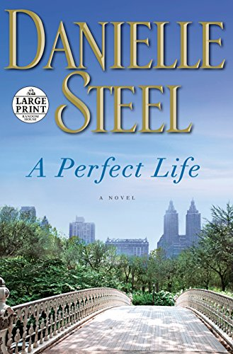 9780804194419: A Perfect Life (Random House Large Print)