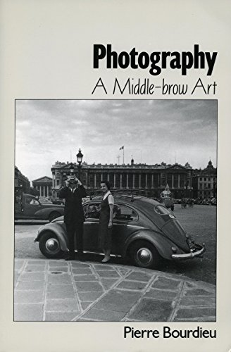 9780804717601: Photography: A Middle-Brow Art