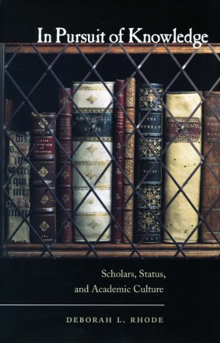 9780804755344: In Pursuit of Knowledge: Scholars, Status, and Academic Culture (Stanford Law Books)