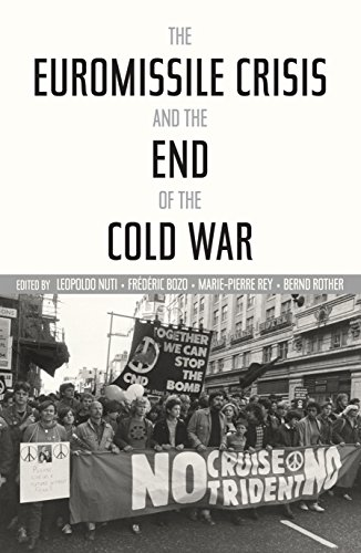 9780804792868: The Euromissile Crisis and the End of the Cold War (Cold War International History Project)