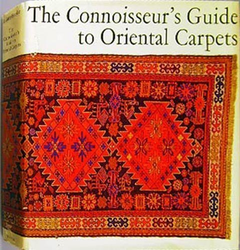 9780804809887: The Connoisseur's Guide To Oriental Carpets