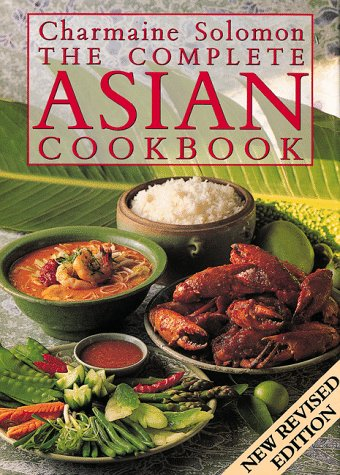 9780804817912: Charmaine Solomon's Complete Asian Cookbook
