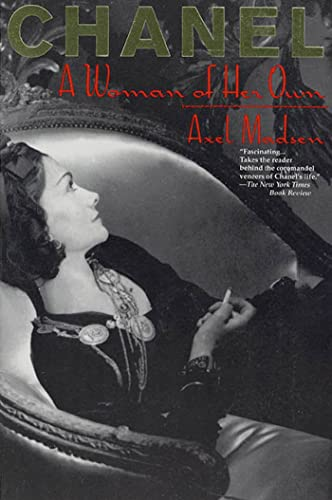 Chanel: A Woman of Her Own (Paperback): Axel Madsen
