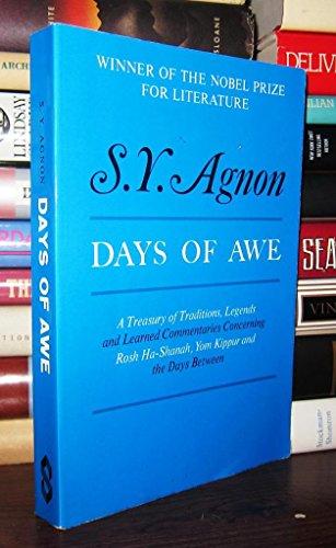9780805201000: Days of Awe