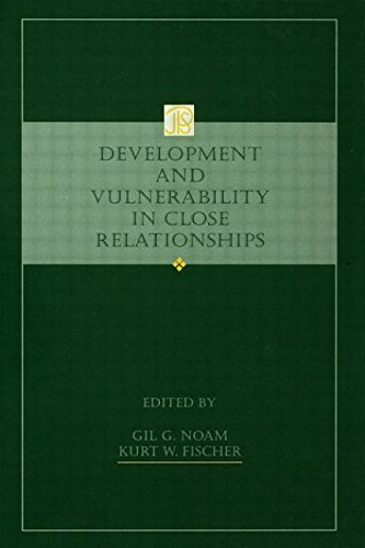9780805813692: Development and Vulnerability in Close Relationships (Jean Piaget Symposia Series)