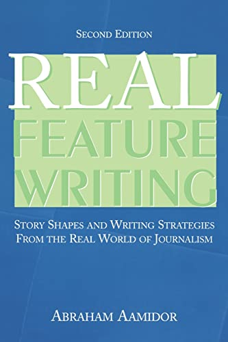 9780805858327: Real Feature Writing (Routledge Communication Series)