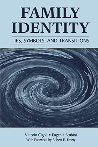 9780805863185: Family Identity: Ties, Symbols, and Transitions