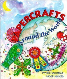 Papercrafts Around the World: Fiarotta, Phyllis, Fiarotta, Noel