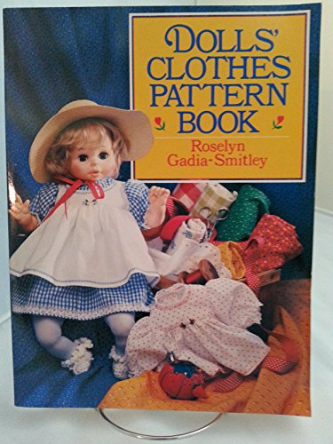 9780806964386: DOLLS CLOTHES PATTERN BOOK