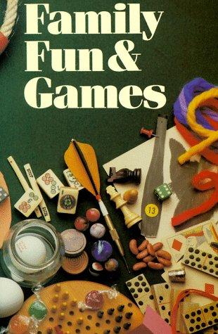 9780806987774: Family Fun & Games
