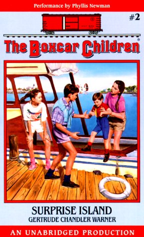 9780807273913: Surprise Island (The Boxcar Children Mysteries)