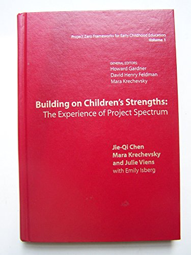 9780807738177: Building on Children's Strengths: The Experience of Project Spectrum