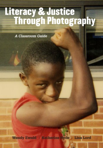 9780807752814: Literacy and Justice Through Photography: A Classroom Guide (Language and Literacy Series)