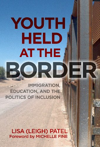 9780807753903: Youth Held at the Border: Immigration, Education, and the Politics of Inclusion (0)