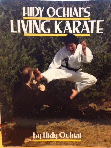 9780809248414: Hidy Ochiai's Living Karate