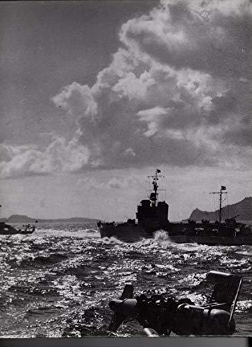 9780809433841: The Mediterranean (World War II)